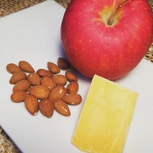 P3 Snacks Apple, almonds, cheese