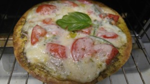 HCG Phase 4 Pizza recipe with Tomatoes and Basil